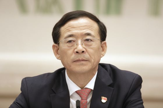 China's Warning to Market Economists: Toe the Party's Line