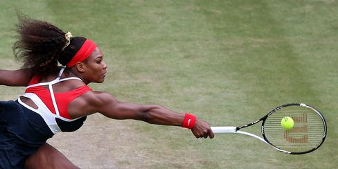 Serena Williams Re-Invents Herself to Challenge Tennis History