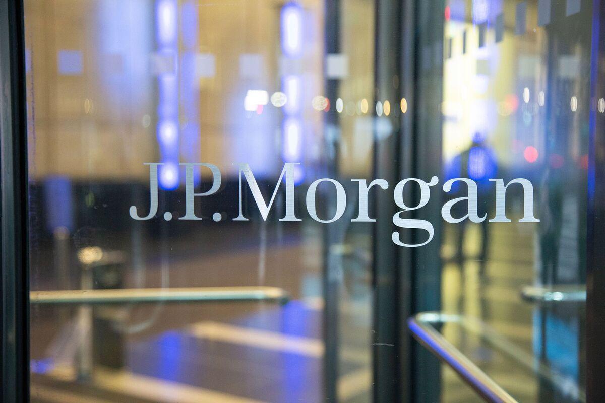 JPMorgan Memo Warned of Nigeria Bribery Risk Days Before Payment - Bloomberg