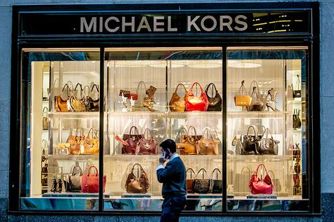Michael Kors, With Surging Sales, Is Ready to Go After Men