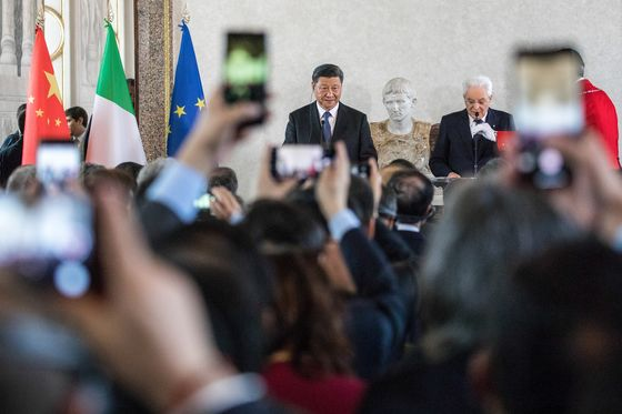 Draghi Shuns Chinese Cash With EU Recovery Funds Coming
