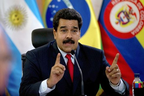 Venezuela Agrees to Pay Airlines the Billions They're Owed