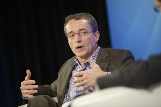 Cloud Companies Chase Future inCybersecurity 'Wild West'