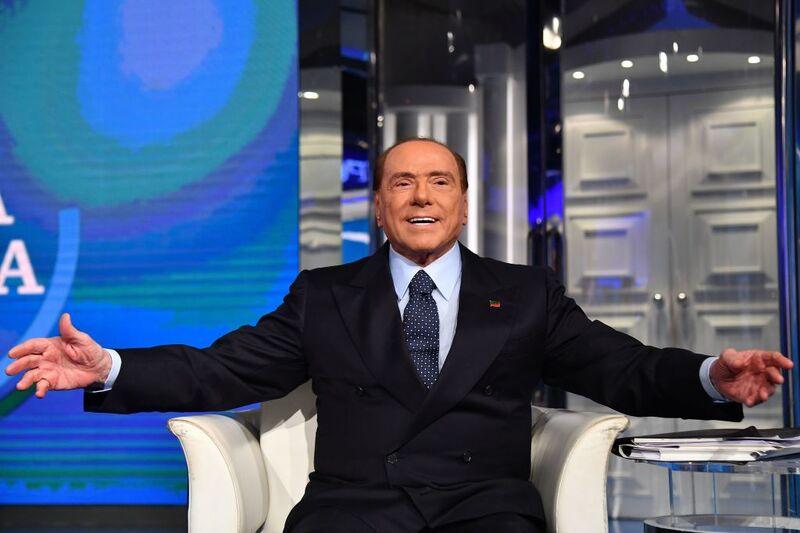 Οι Ιταλοί πολιτικοί πρέπει να αποκαταστήσουν την επαφή τους με την πραγματικότητα