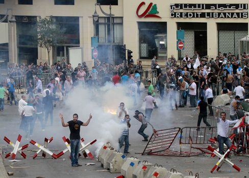 Lebanon Clashes Erupt at 'Day of Rage' Rally to Protest Bombing