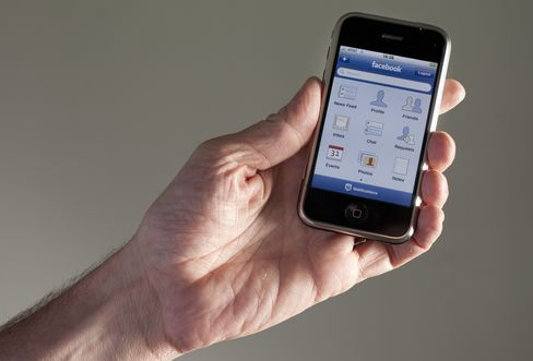 Facebook Seeks Acquisitions to Fend Off Google