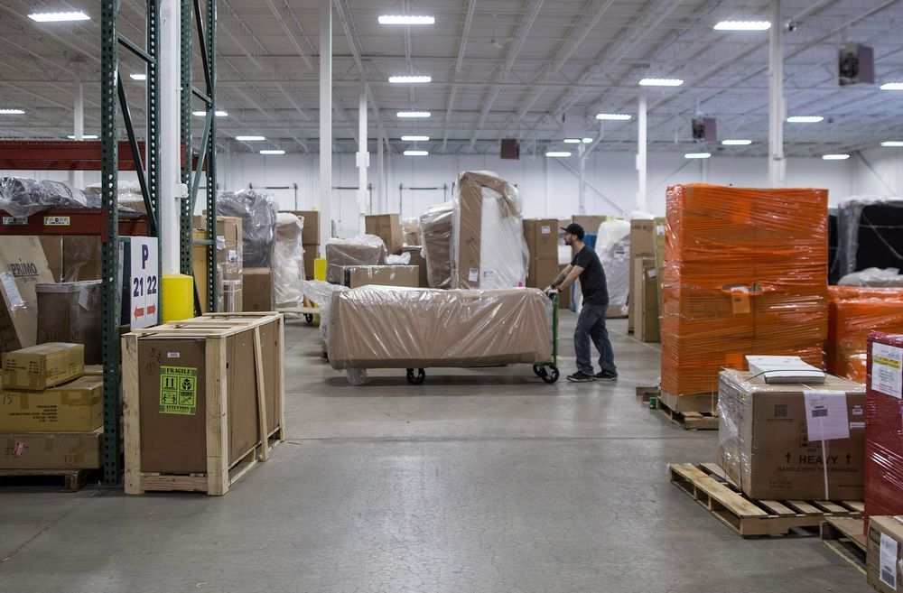 Wayfair Faces Worker Outrage Over Sales to Border Camp Contractors
