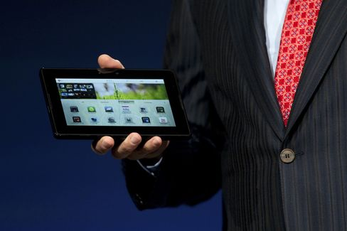 RIM to Sell Tablet for Less Than $500 to Take On IPad