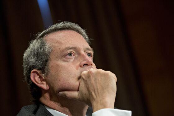 Bond Traders Eye Fedspeak for Sign of Doubt After Stocks Swings