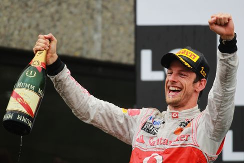 Button Wins Rain-Swept Canadian Grand Prix