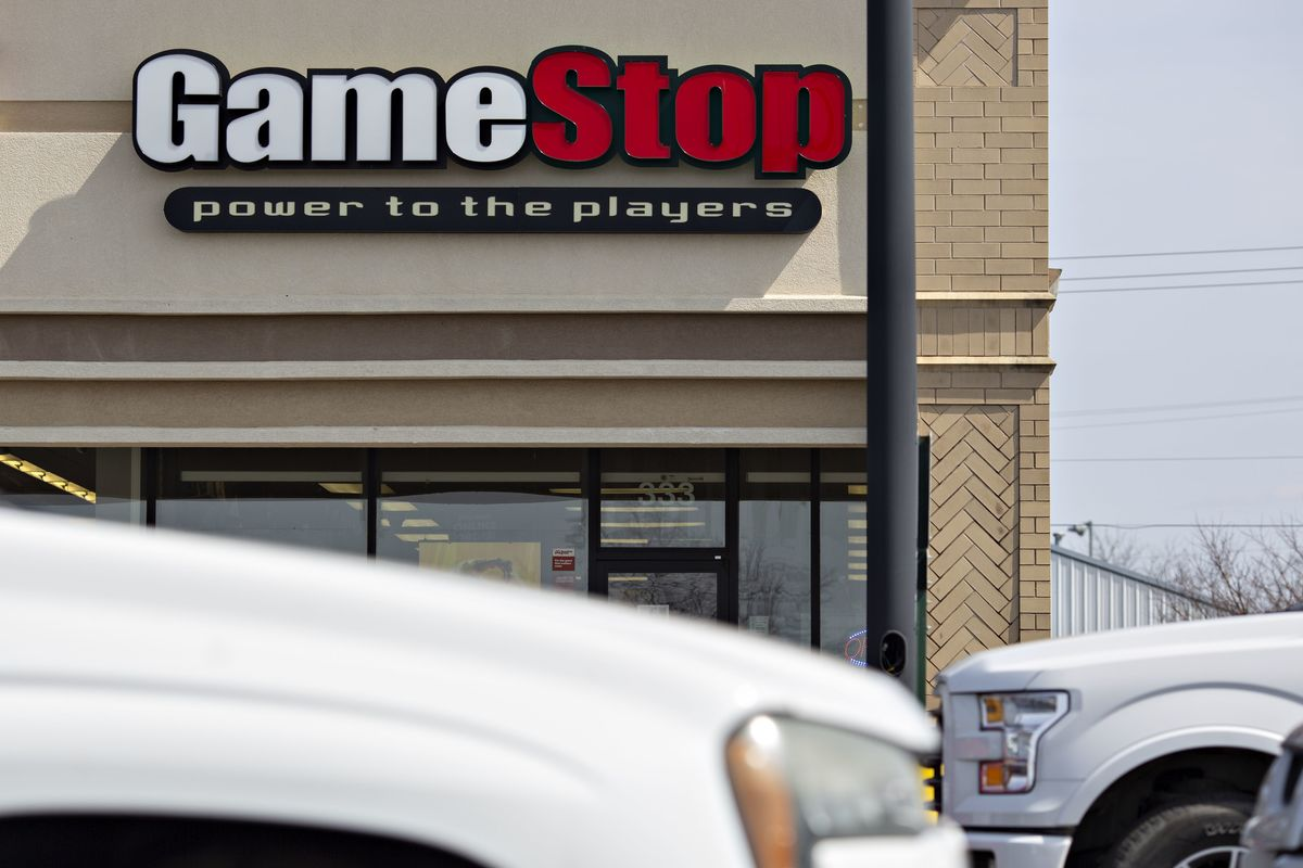 GameStop's New CEO Adds Couches and Tournaments in Comeback Bid