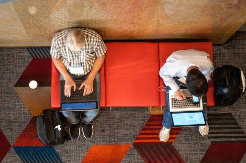 Hewlett-Packard Unveils Data-Analysis Tools as CEO Seeks Growth