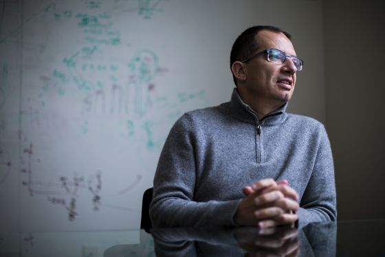Moderna Vaccine Produces Antibodies in Trial of Older People