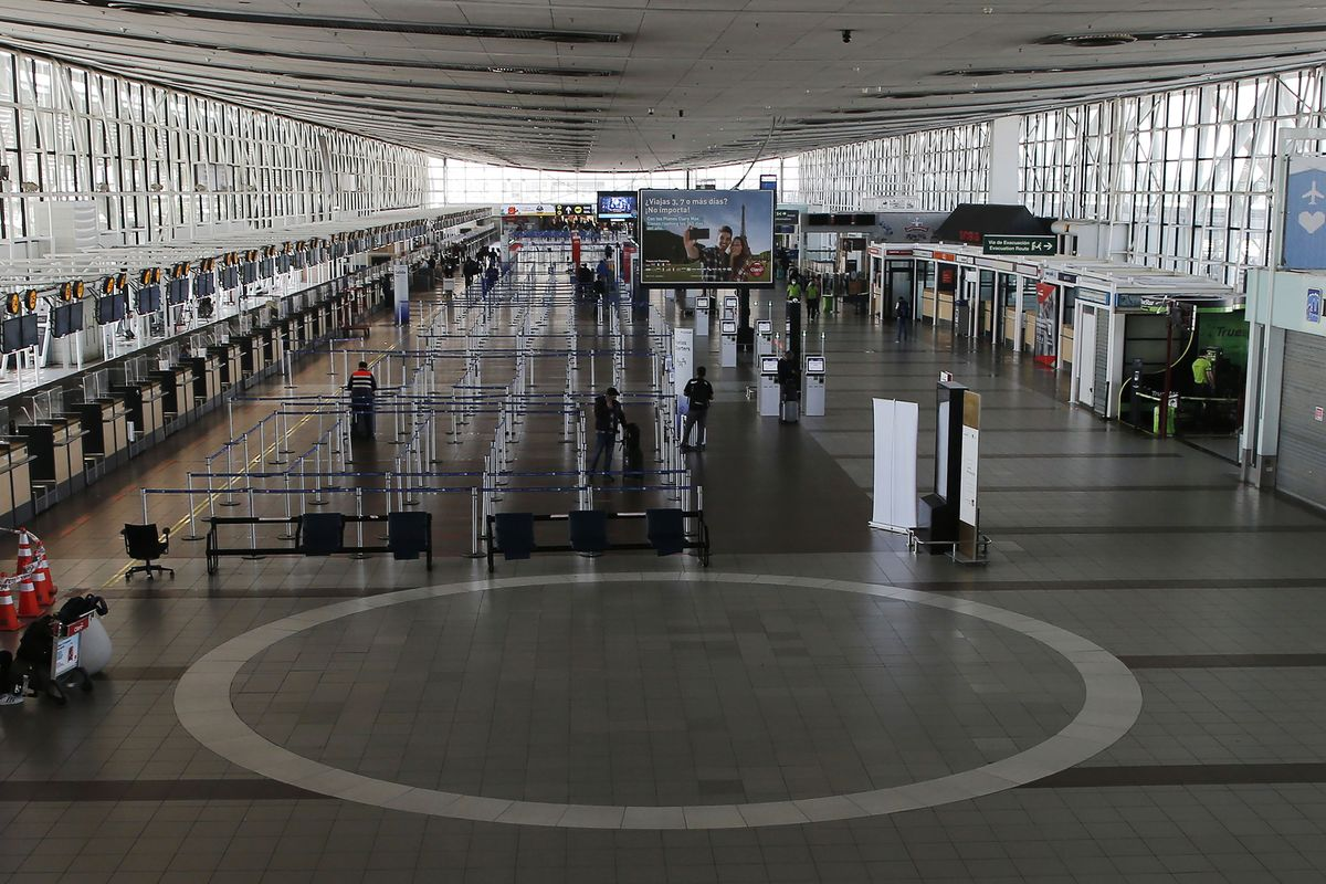 Chile Eases Foreign Travel Restrictions as Covid-19 Wave Recedes