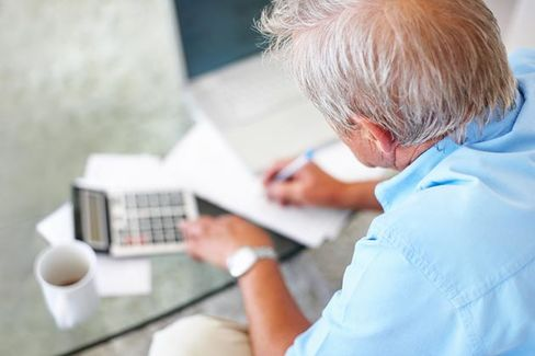 Younger Seniors Are Burning Up Their IRAs