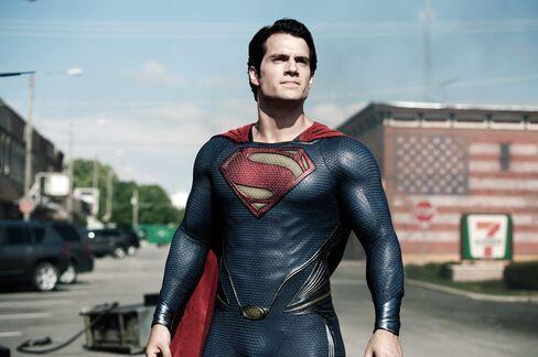 Warner Bros. Plans Film Pairing Superman, Batman for 2015