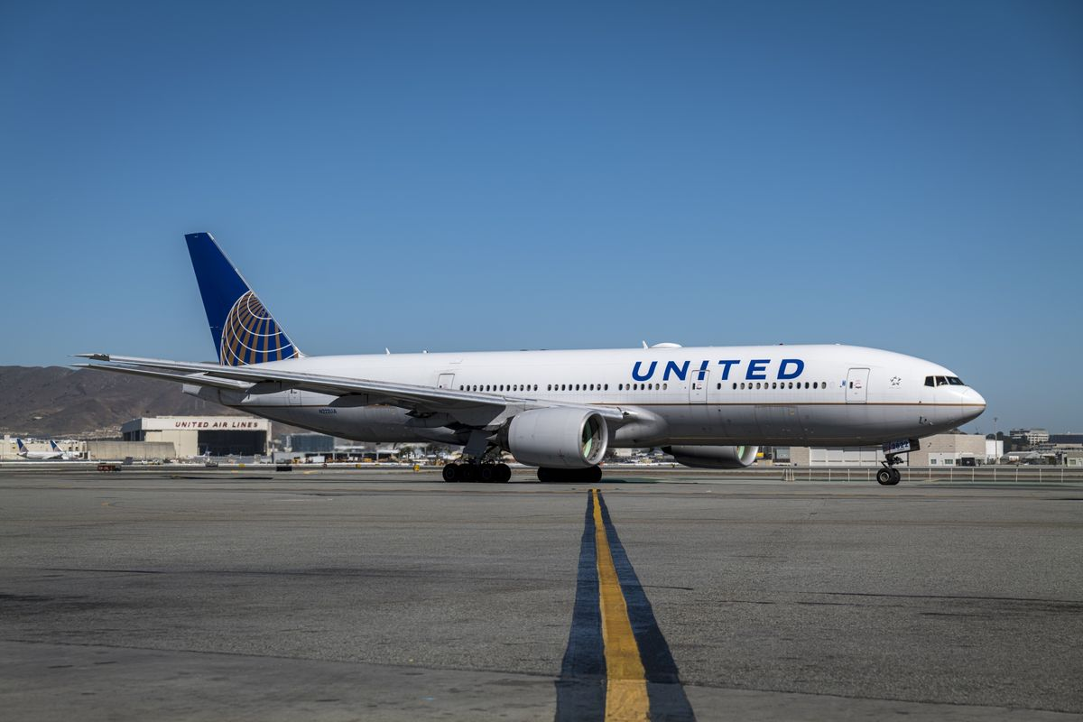 United Air's Grounded 777s Had Troubled History in Debt Markets