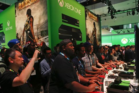Microsoft Reverses Stance on Trading Games for Xbox One Console
