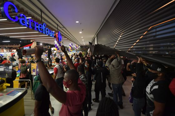 Brazilians Protest After Black Man Killed in Carrefour Store