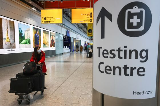 U.K. Sets Plan for Travel Return With Costly Test Requirements