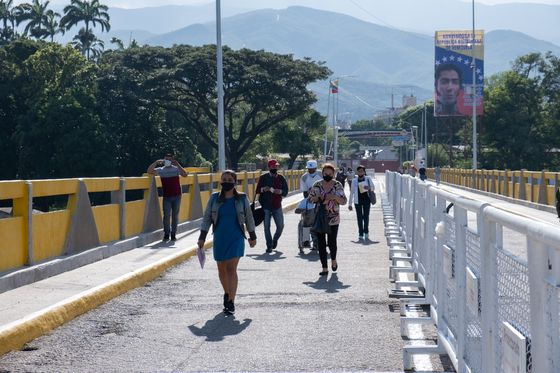 Back Channel Emerges to Reopen Colombia, Venezuela Border