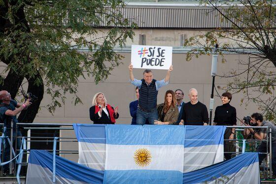 Argentina's Macri Promises to Turn Around Presidential Race
