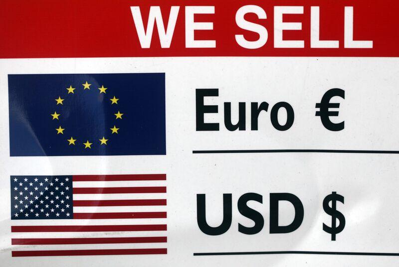Το δολάριο είναι ήδη αδύναμο. Το είπε κανείς στον Mnuchin;