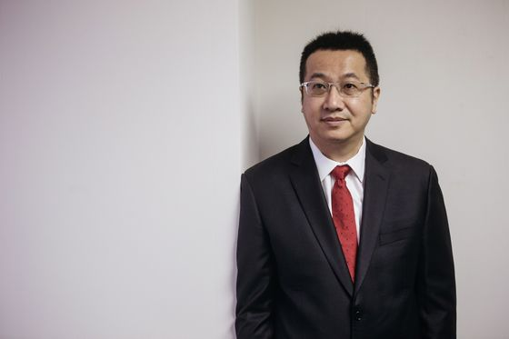 Meituan Plunges as Losses Balloon in Food Fight With Alibaba