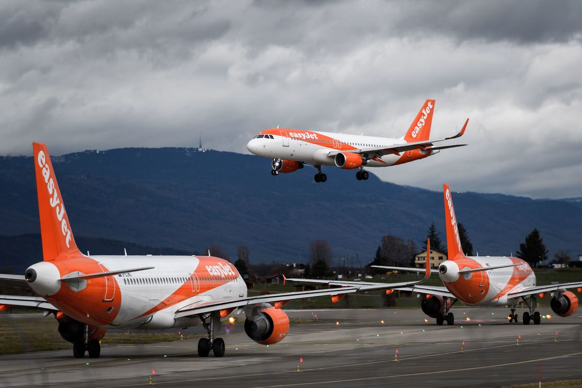 EasyJet Defers Delivery of 24 Airbus Jets to Preserve Cash