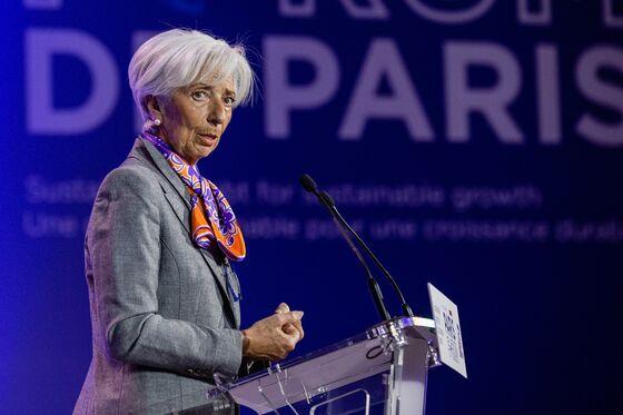 Lagarde Issues New Trade Warning Amid 'Unfavorable' Trump Tweets