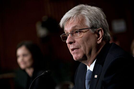 Shelton Fed Bid Likely Doomed With Senate's Holiday Departure