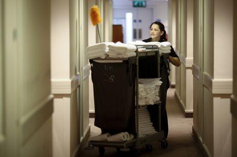 U.K. Services Growth Accelerates