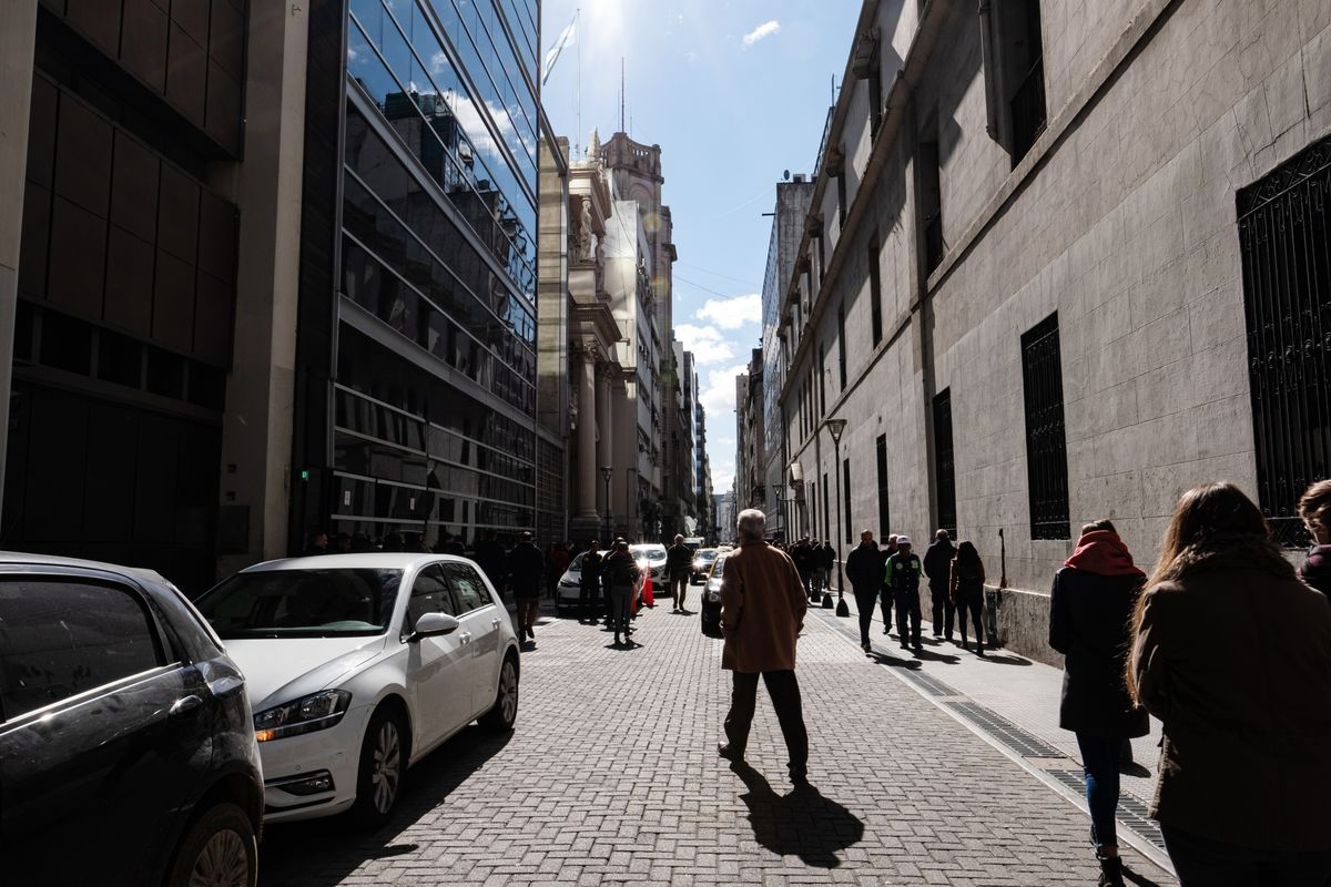 IMF Says Argentina's Debt Levels Unsustainable After Review