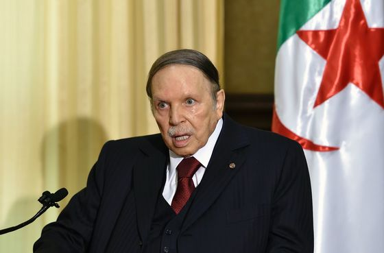 Algerians Fume as Regime Loyalists Are Only Choice in Vote