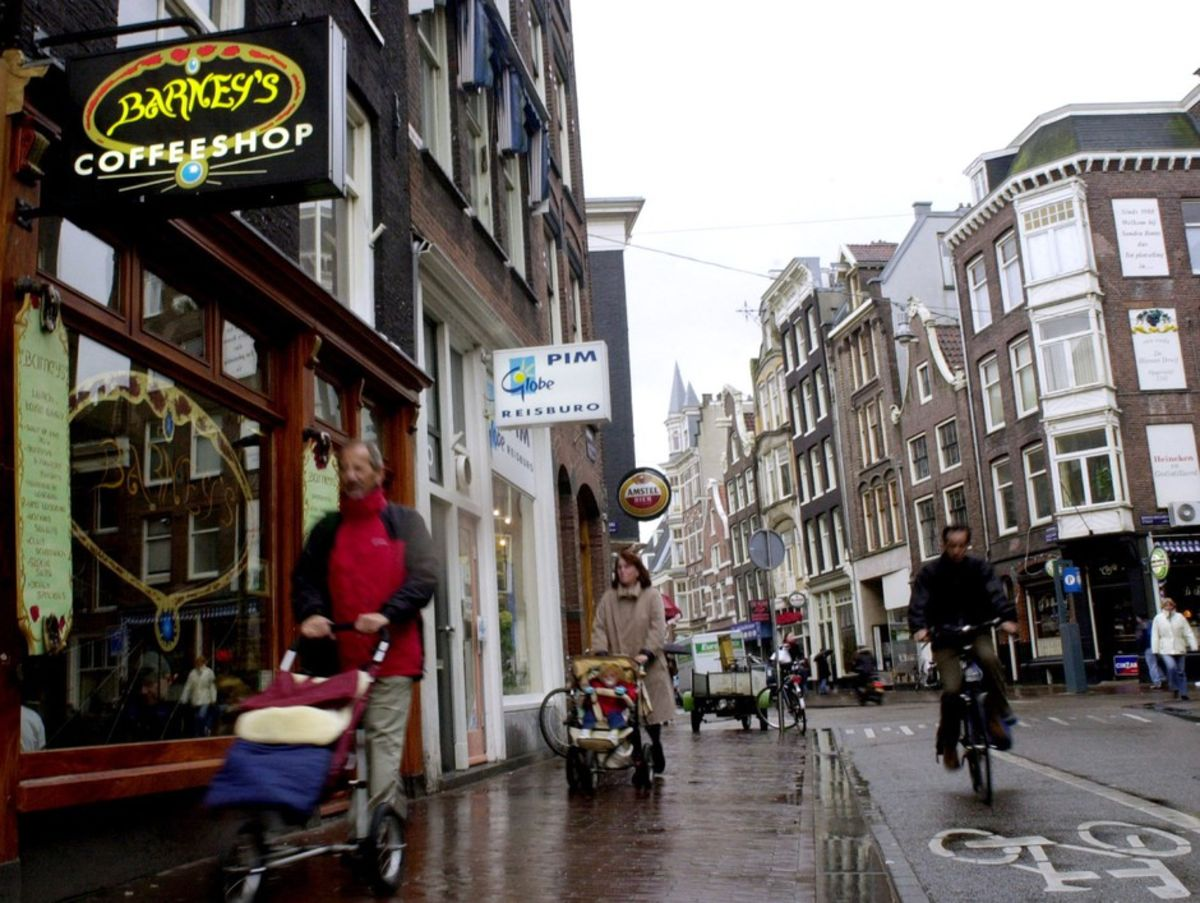 Why Amsterdam May Restrict Weed and Sex Work - Bloomberg