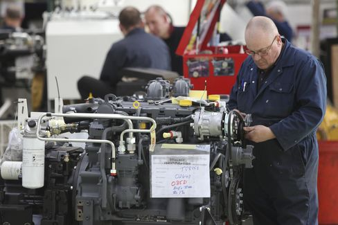 U.K. Manufacturing Output Fell More Than Forecast in April