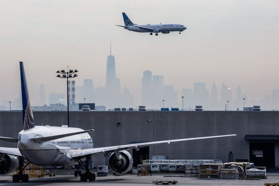 It's Time to Ditch U.S. Frequent-Flyer Programs for International Ones