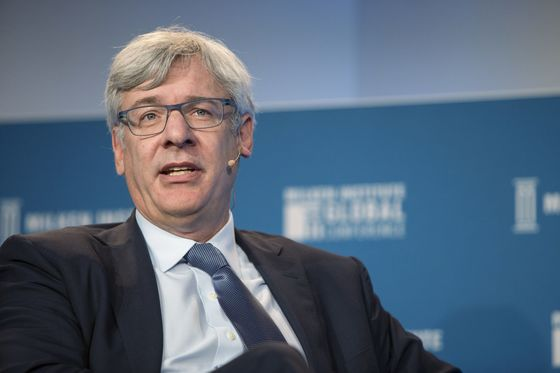 RBC CEO McKay Sees Inflation Prompting Rate Increases Next Year
