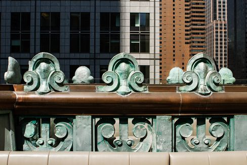 To restore the broken Beaux-Arts copper green facade, dating back to 1906, new bronze copper was shipped in from European Copper Specialists.