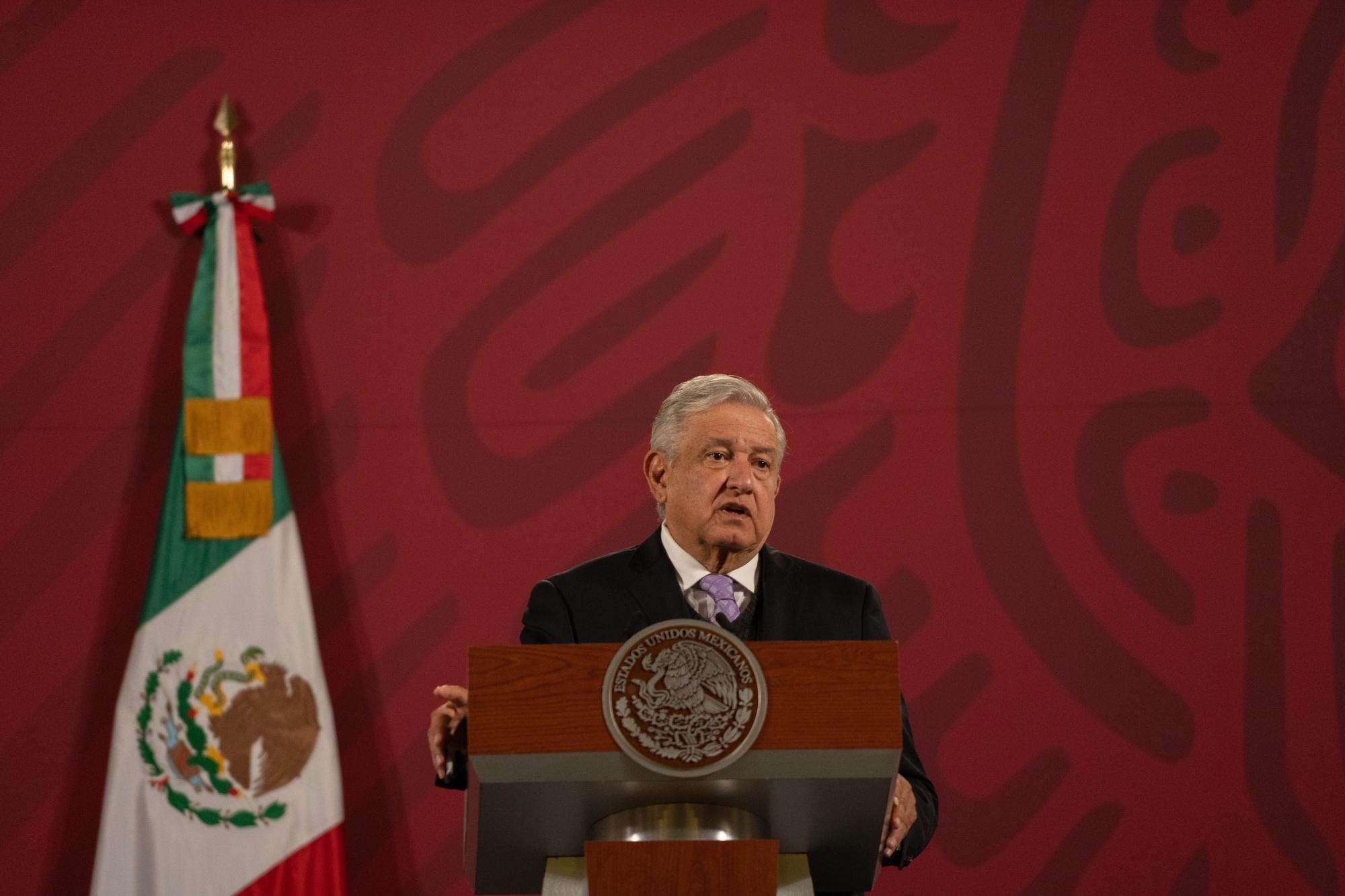 El presidente López Obrador realiza una rueda de prensa diaria