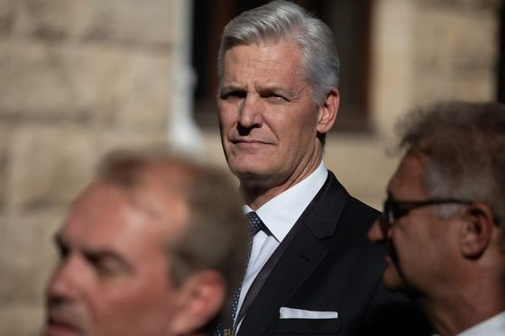 Eskom's New CEO Takes First Step to Trim Outsized Wage Bill
