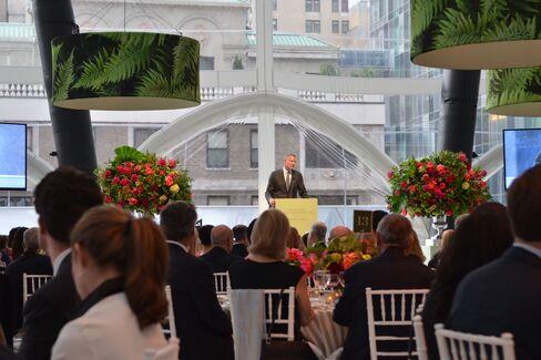 Mayor Bill de Blasio addresses guests at Carnegie Hall's Medal of Excellence benefit. Photographer: Amanda Gordon/Bloomberg