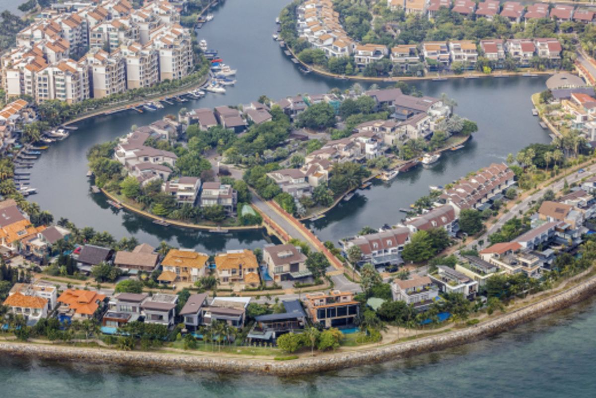 Rich Chinese Snap Up Singapore Luxury Homes Despite Higher Taxes