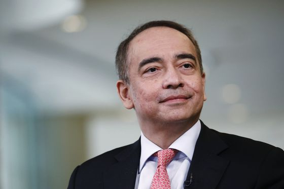 Malaysia's Ringgit and Stocks Are Set for a Rebound, Ex-CIMB Chief Nazir Says