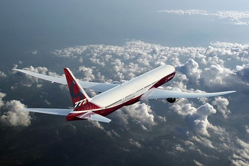 With Unrest in Seattle, Boeing Gets a Bidding War for the 777X