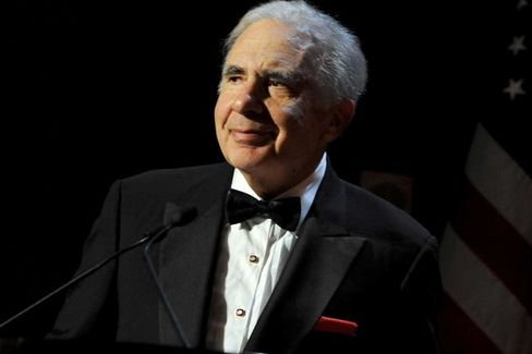 Icahn Tries to Score With Dinner and a Website