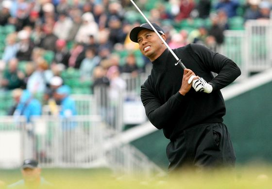 Tiger Woods-Phil Mickelson Golf Duel Lets AT&T Show Its New Media Prowess