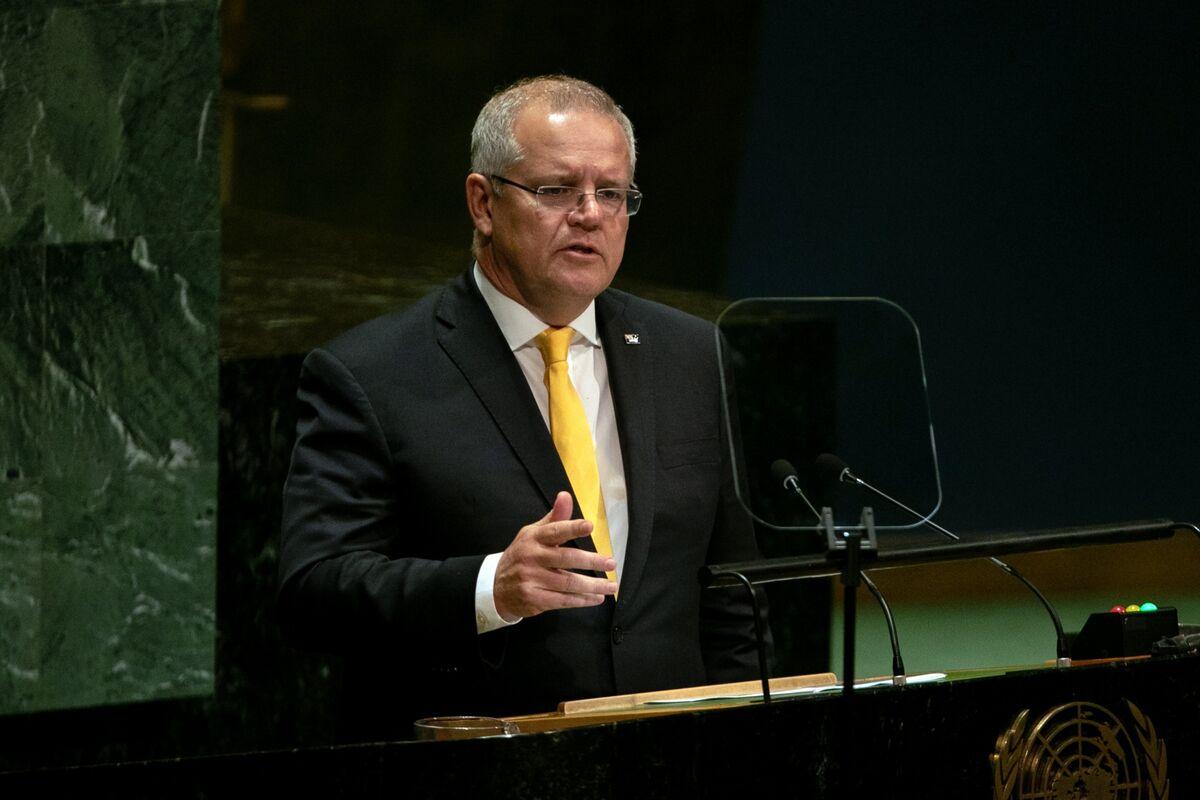 Morrison Defends Australia Surplus Goal Amid Long-Term Headwinds