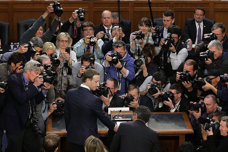 Η ανάκριση του Ζούκερμπεργκ δεν θα διορθώσει το Facebook
