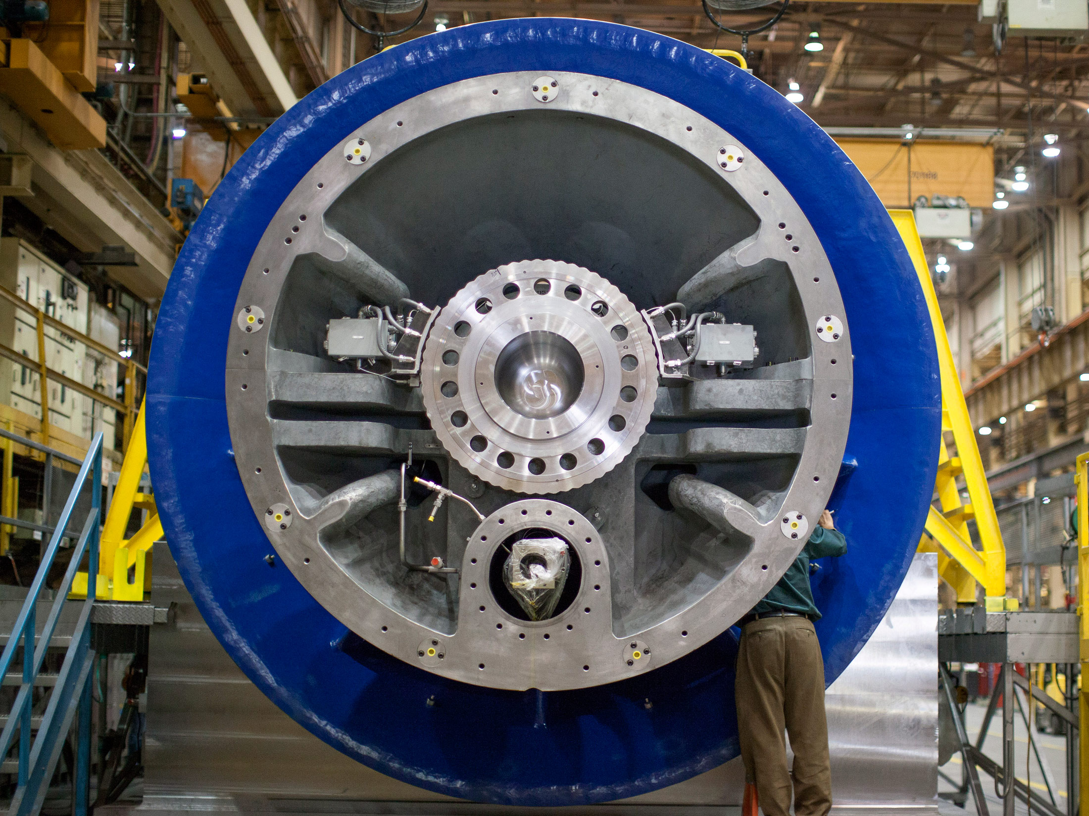 GE Makes ce a Decade Bet on Big Turbines as Energy Use Surges